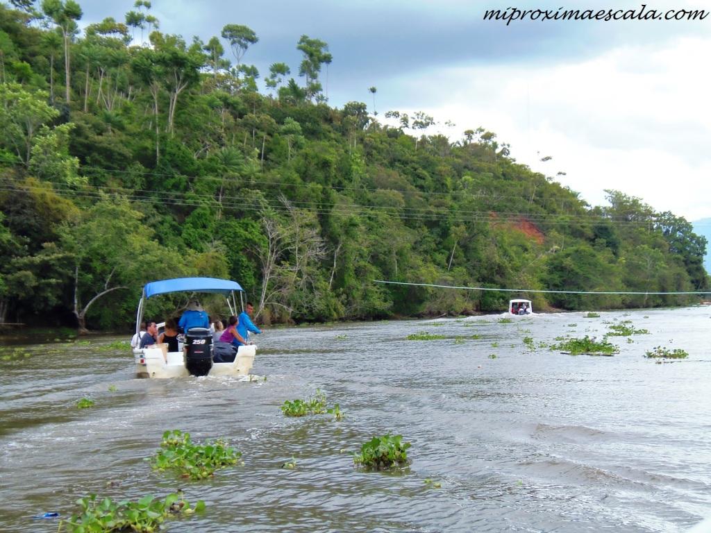 El miedo a nuevas experiencias y aventuras se queda atras. Bahía Drake, Costa Rica.